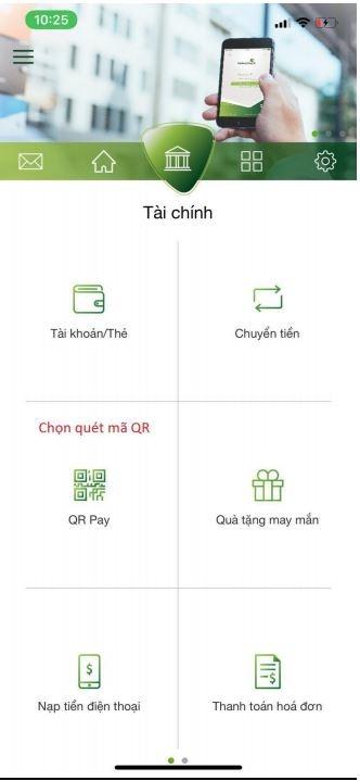 Trên app Vietcombank chọn QR Pay