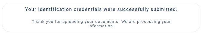 Sau khi upload đầy đủ tài liệu, thông báo đang xét duyệt hồ sơ của bạn hiện ra